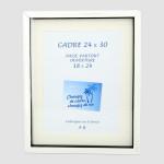 Cadre vitrine Carla Noir/Blanc Nacré + Passe-partout - 24 x 30 cm